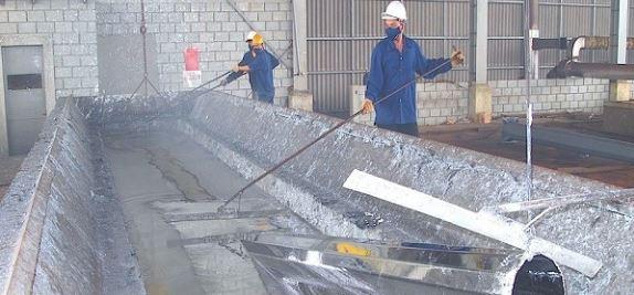 Sử dụng công nghệ mạ nhúng nóng bảo vệ bề mặt kim loại