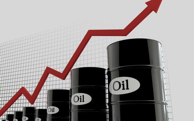 Thị trường ngày 15/10: Giá dầu tiếp tục leo dốc, vàng bật tăng trở lại vượt 1.900 USD/ounce